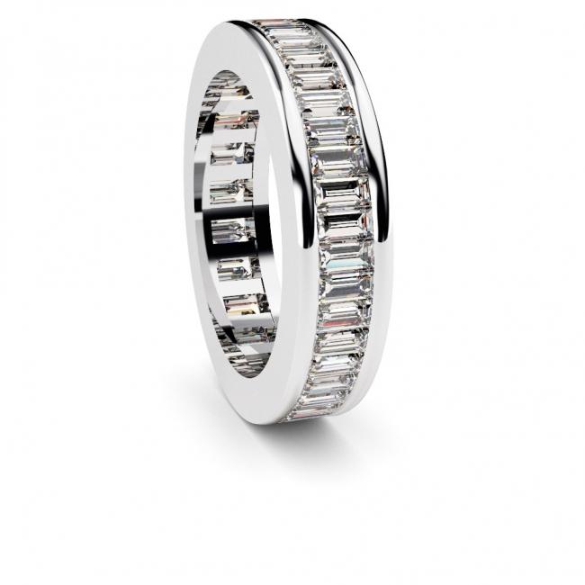 Alianza de compromiso doble vía en oro blanco con 44 diamantes talla baguette. Joyerías Barcelona