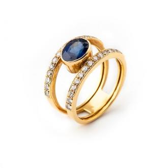 Anell en or doble amb safir central i diamants. Joieries Barcelona