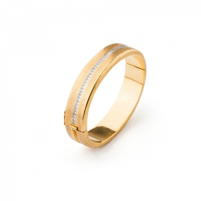 Pulsera modelo grune en oro y diamantes. Joyerías Barcelona